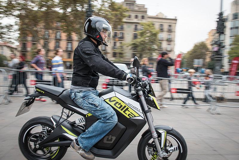 Motos-electricas-el-futuro-del-transporte (1)